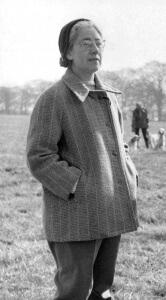 Mrs Iris Simpson